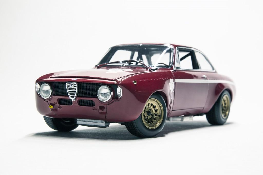 Alfa Romeo GTA 1300 Junior Minichamps Red 00
