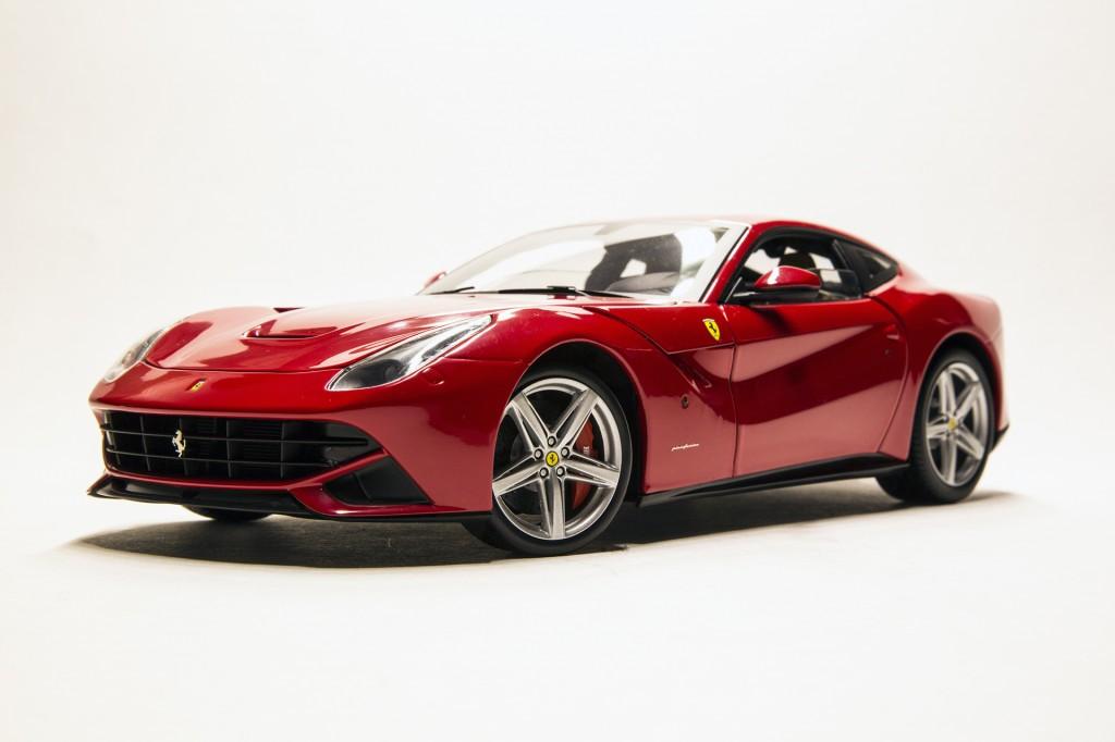 Ferrari F12 Berlinetta - Hotwheels Elite 00